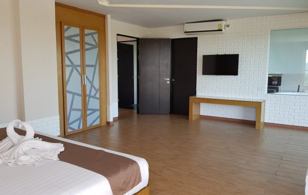 Family Suite Room – 2 bedrooms